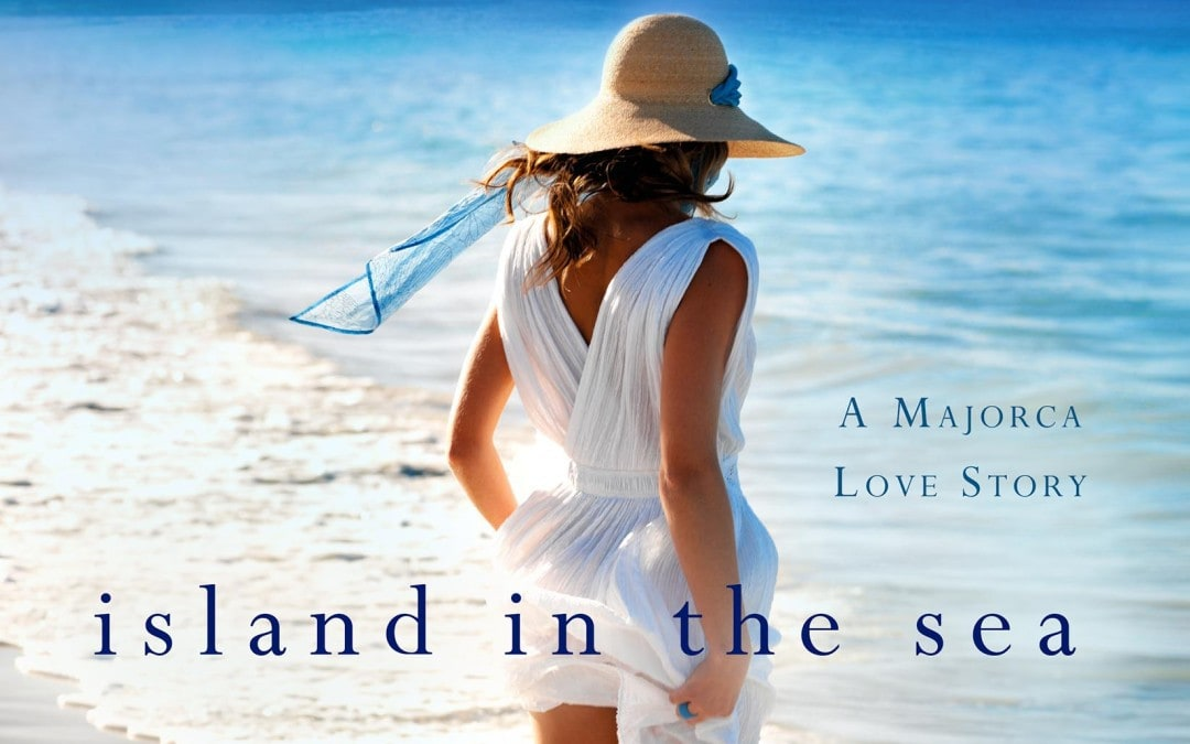 Happy Book Birthday to Anita Hughes & ISLAND IN THE SEA!